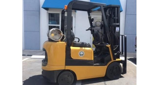 Used Forklift 2004 Caterpillar GC25K, 5,000lbs.-1