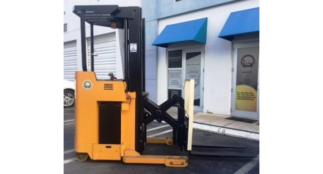 Used Forklift 2007 Yale NR035AENM24TE095, Single Reach, 3,500lbs.
