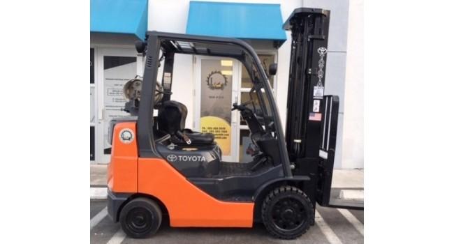 Used Forklift 2013 Toyota : 8FGCU25 , 5,000lbs.