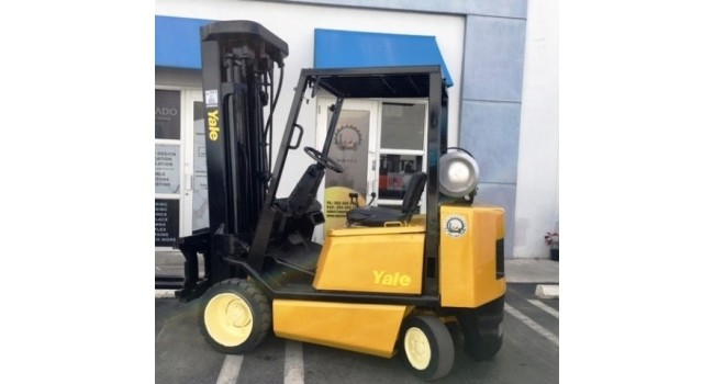 Used Forklift 2004  Yale GLC050 6,000lbs.